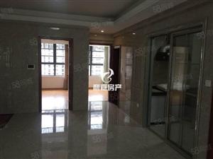 动车站附件亿利城一期3房2厅2卫1阳台简单装修。拎包入住