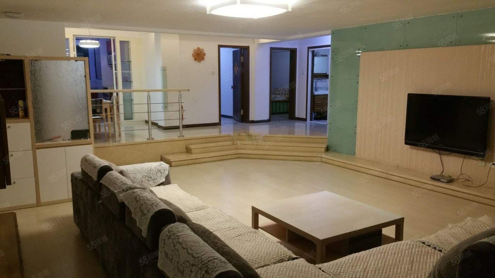 书香家园B区3室2厅1卫