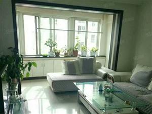 康盛花园三室两厅白色精装地暖房