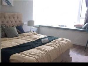 绿地城精装套三,给您一个舒适的家,双地铁交通便利