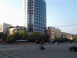 一圆台附近建行旁3楼住房出租