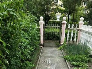 欧亚附近,水岸馨城,12跃层,带大花园,四世同堂,五室两卫