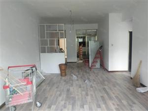 乾州新装房未住过的两房证齐全可以过户