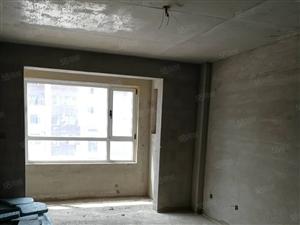 帝泊湾4室2厅2卫,一二楼跃层带院,两个房本可更名,需全款