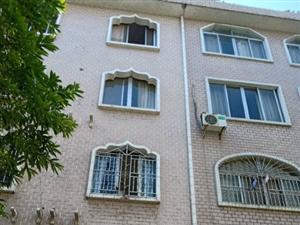滨江公园附近整栋出售四层半435平方77万二小学位交通方便
