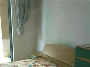 金海首府,3室2厅2卫南北通租金3千1个月