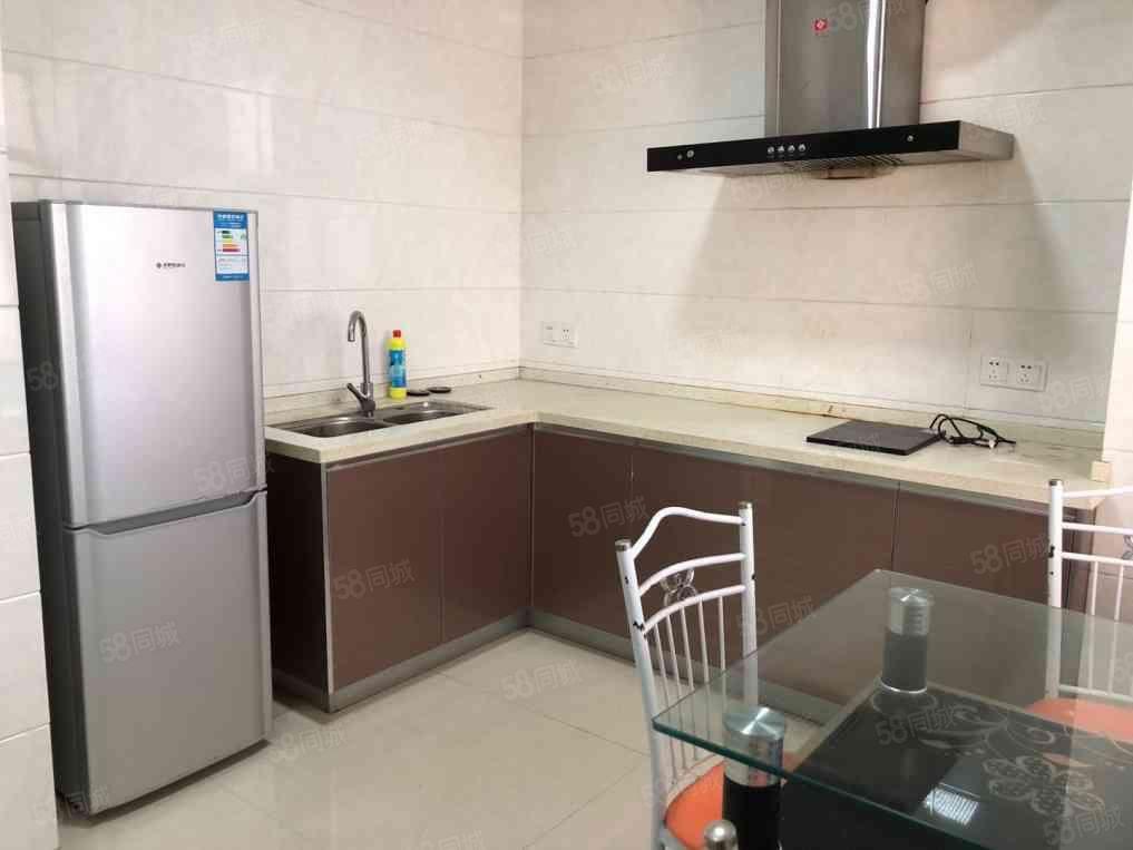 沃尔玛万达旁万达华城精装标准单身公寓出租设备齐全