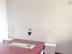 市中心繁华地段城中雅苑3室出租精装修家电齐全拎包入住即可。