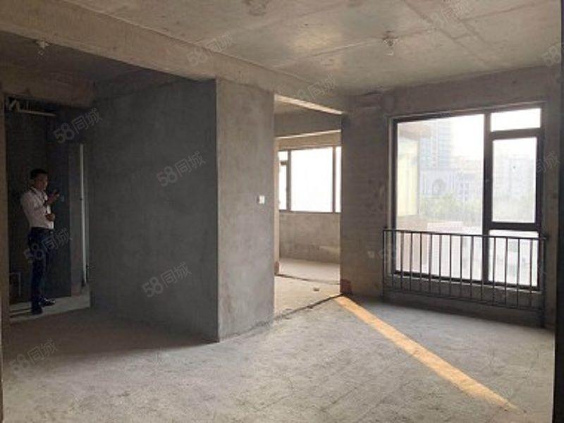爆爆爆一号桥外滩一号四室两厅两卫176平只卖185万