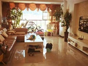 急用钱恒丰商贸城四室精装新房直接更名急售家具可面谈