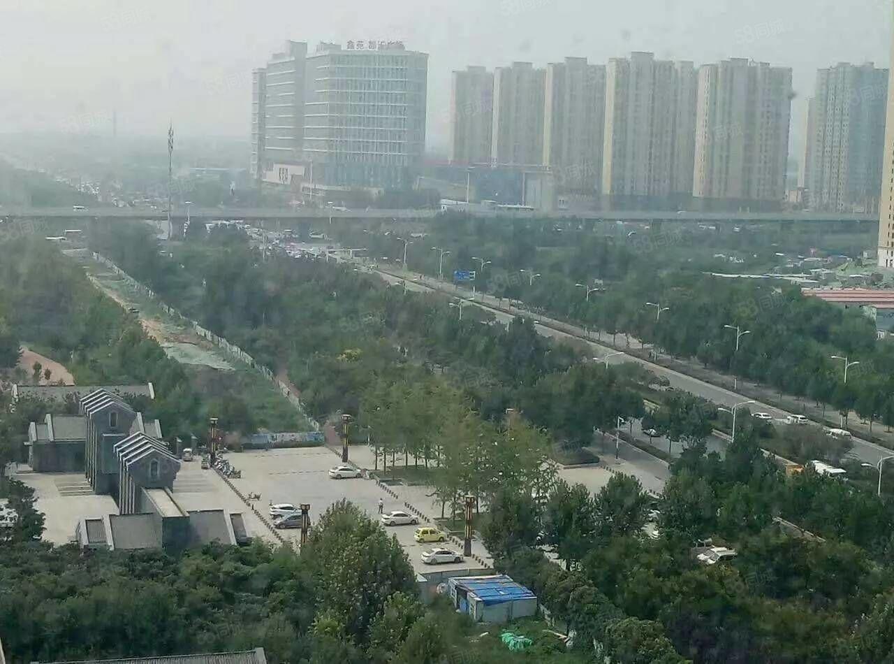 鑫港花园63平米,双气,首付8万,月供1000元。