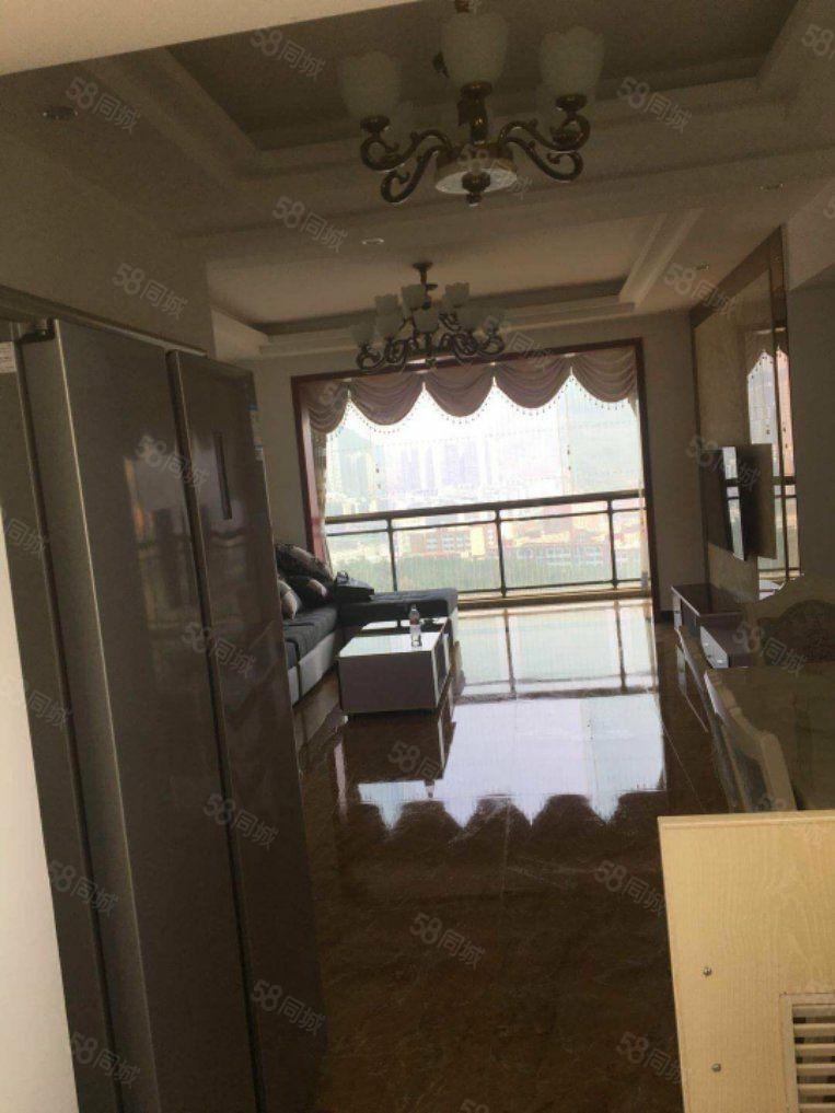 新家园推荐全新精装修3室2厅2卫出租带大客厅大阳台视觉开阔!