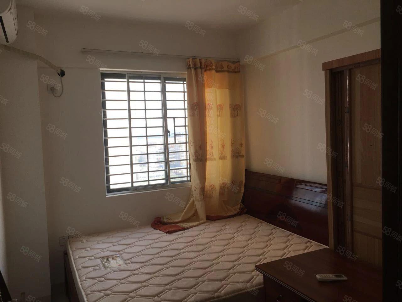 京源上景,精装电梯3房1厅2卫,4台空调。家具齐全,拎包入住