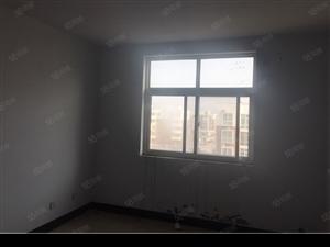 锦绣花园3室2厅1卫简装修步梯6楼