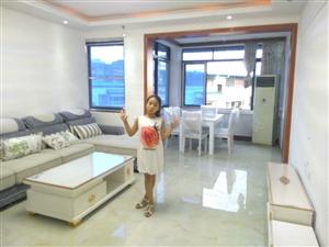 五一广场4楼4室2厅1卫112平米精装修关门卖随时看房