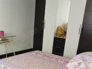 汽摩城附近私房一栋精装修拎包入住共三层