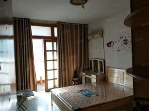 城西小学附近5楼3室简装空调太阳能等家具家电
