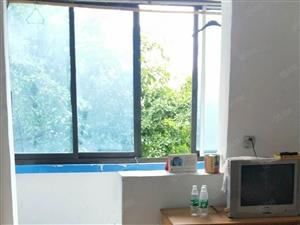 大洲广场5楼房子干净家具齐全,电视,热水器,采光好