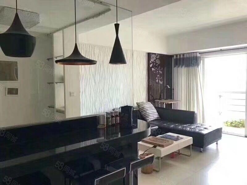 江南新城一期精装2房配套全齐拎包入住月租仅2300!
