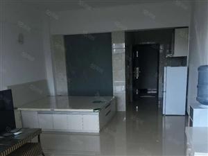 澳门拉斯维加斯网址祥居房地产卢泰盛苑1室1厅1卫精装修便宜出租
