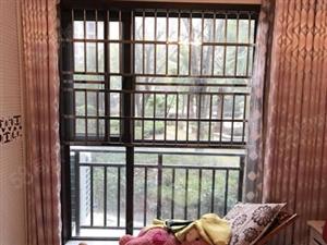 领秀之江大户型精装修三室两厅拎包入住