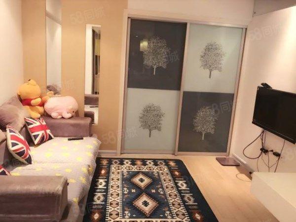 新城蓝钻两室一厅精装修首租拎包即住包物业网络金百国际