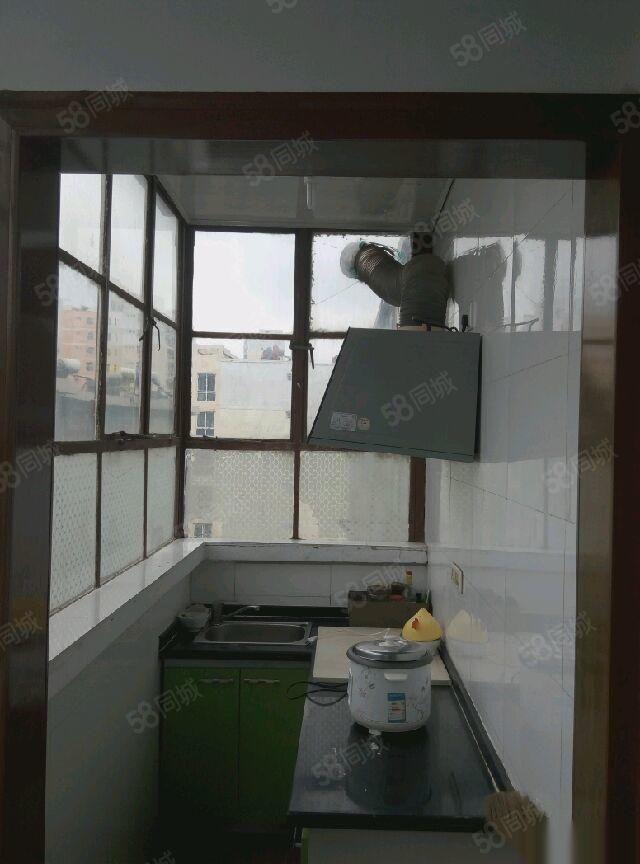 东门口国税局家属院2室1厅1卫0阳台便宜出租,适合上班族