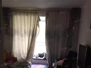 美高梅注册华府御水湾2室2厅102平米简装改3室一楼多层房可贷款