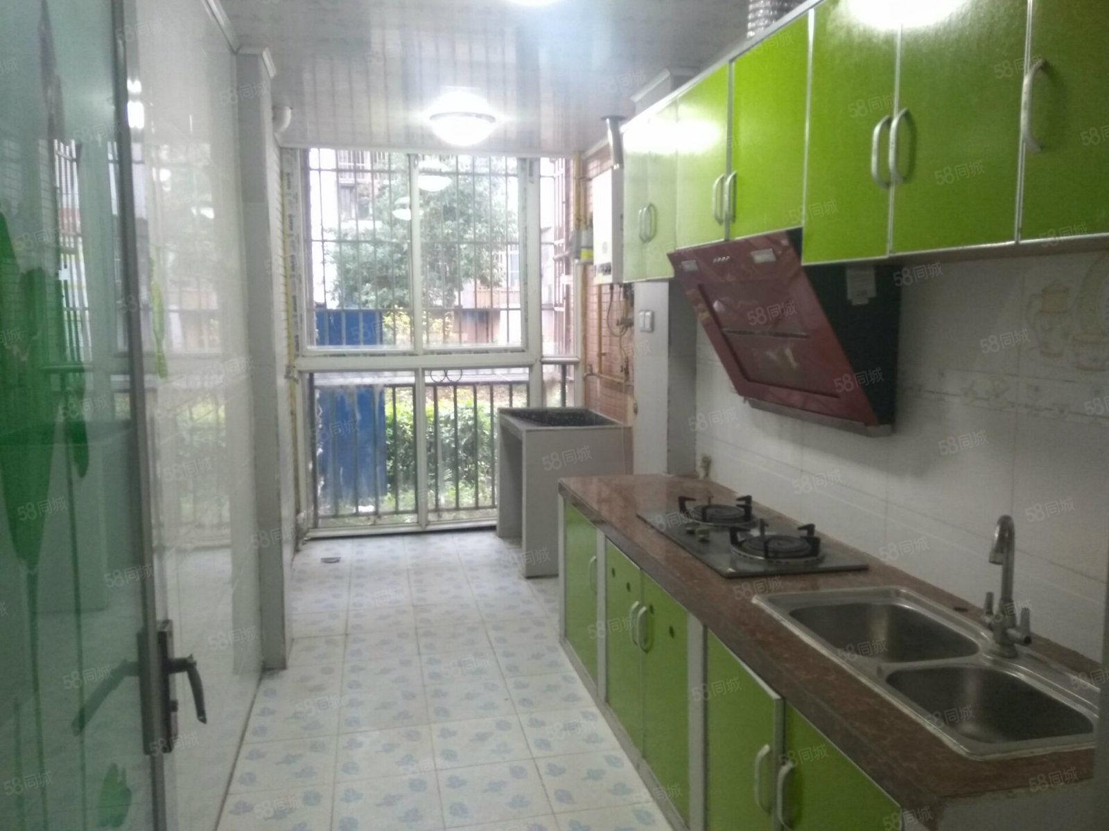 阳光城一楼位置抬高2室2厅精装修家具齐全家电有空调