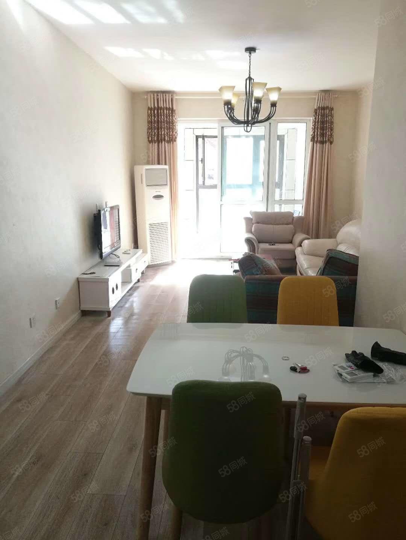 华南城旁龙湖锦艺城3室2厅2卫诚租环境好配套全拎包入住可看房