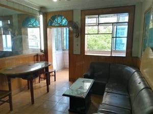国购三中二院附近沁园小区3楼65平米两室一厅中装家电齐全