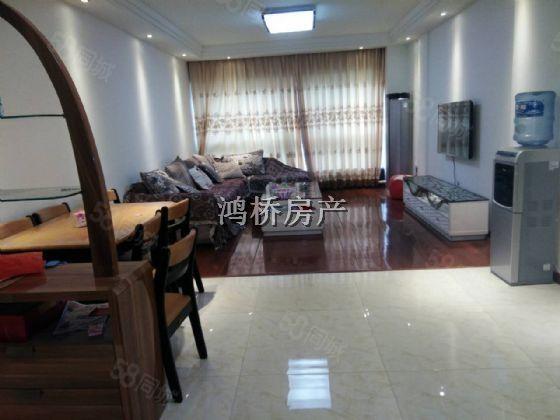 柳津桥头电梯公寓精装三室家具家电齐全停车方便拎包入