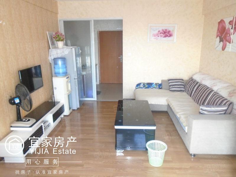 时代广场、1室1厅1厨1卫单身公寓、精装修带全套家电家具金沙官方平台