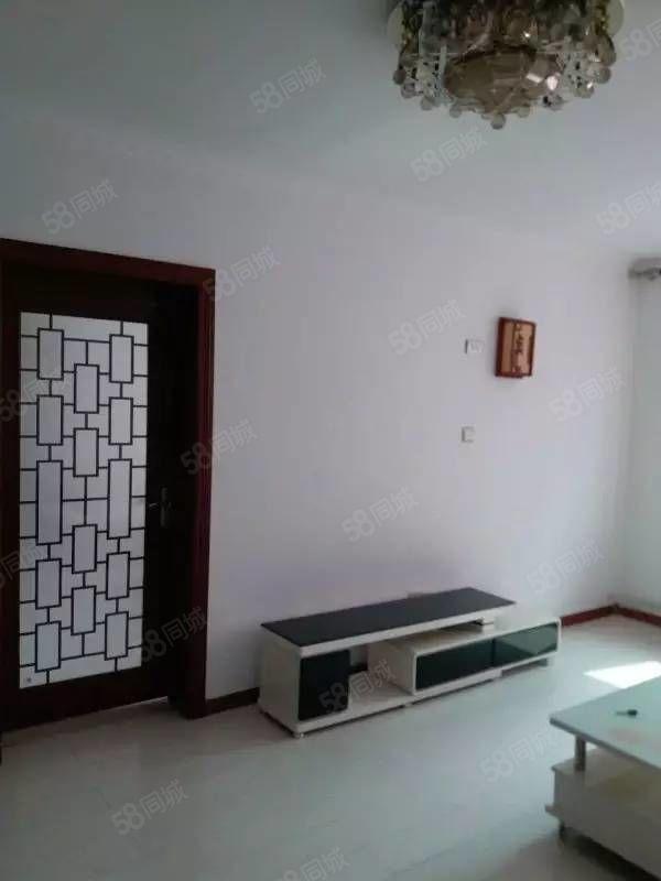 上东盛景精装2室2厅100平米精装修押一付一