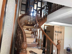 豪华中国风复式楼,财富广场住宅区5室2厅3卫2阳台,奢华享受