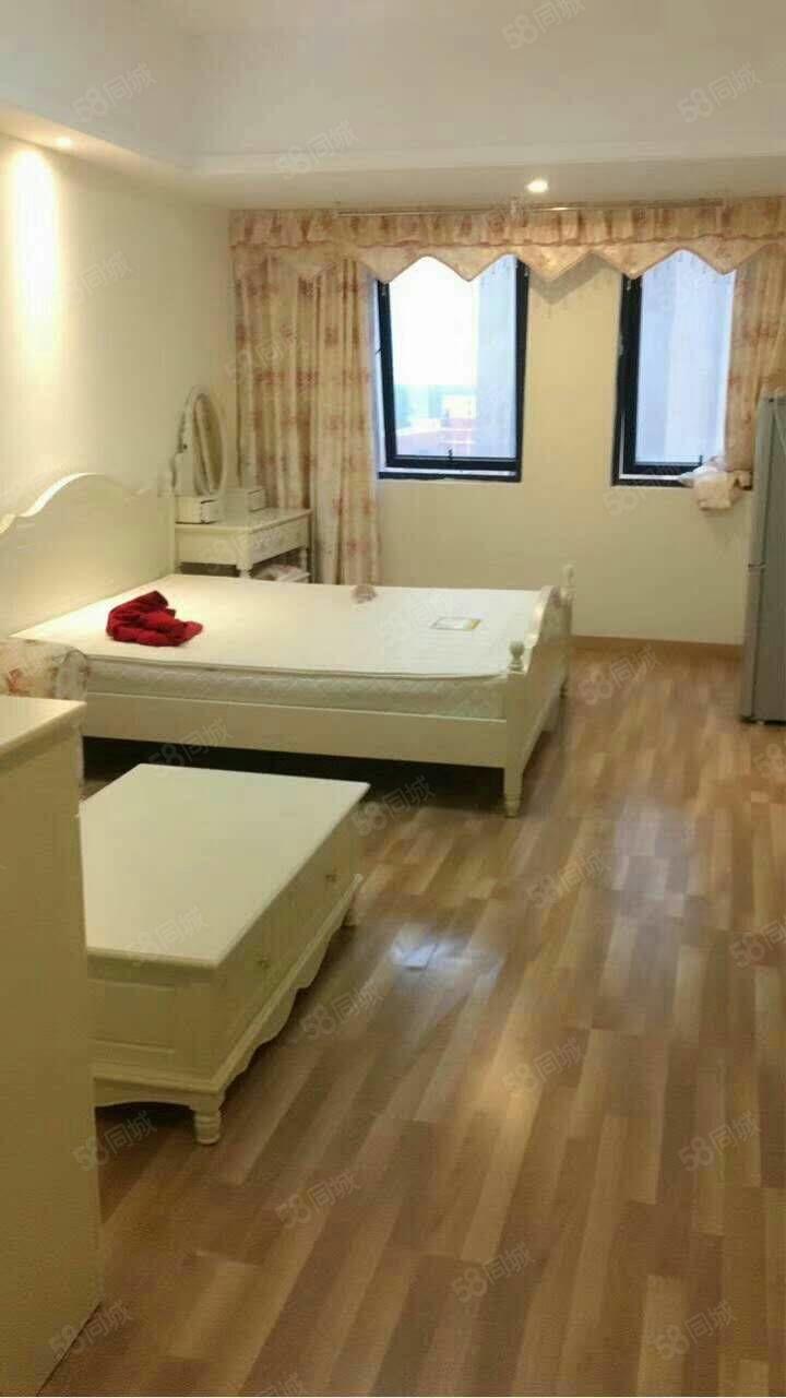 万达公寓48平方精装修房子干净家具家电齐全随时看房