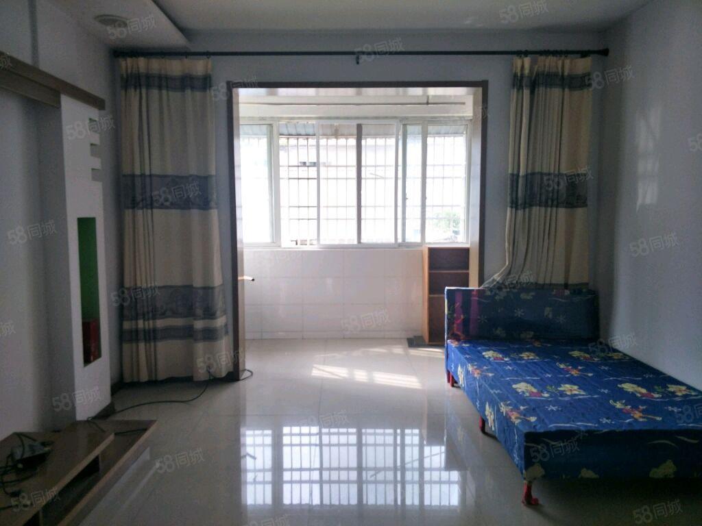该房位于学府春天交通方便离一中和舒小路近家具家电齐全干净整洁