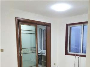 汇富荷香苑简装2室2厅,简单家具