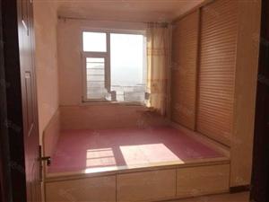 泰景山城两室一厅精装修包物业电梯费半年付押一