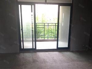 锦绣花园,新楼层93平3房2卫,有送面积大一口价58万