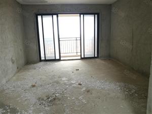 笋野!龙熙山中层117平方毛坯三房两厅一口价66万带车位