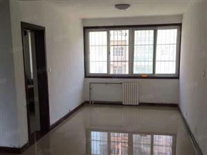 出租张庄社区6楼120平方3室2厅简装房