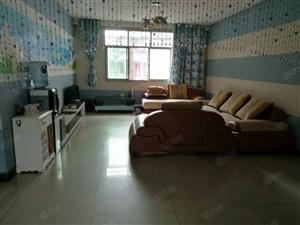 文艺路单位房3室2厅出租家电齐全领包入住
