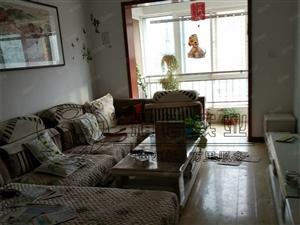 西十里山水新城10楼两室一厅家具家电配套可拎包入住急租