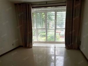 出租泰和三室两厅两卫,家具齐全,拎包入住,年租