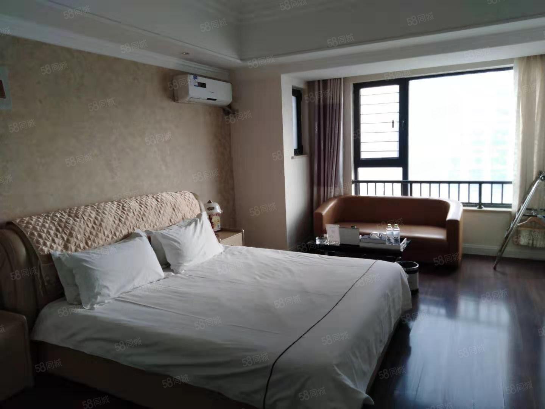 万达精装公寓有带家具家电只带空调空房子热水器木地板