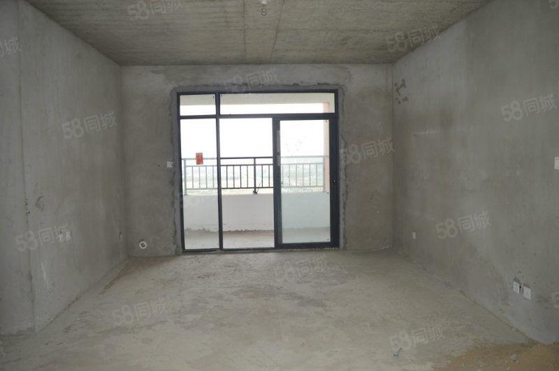 七彩城三室两厅,双阳台,户型方正,南北通透,价格便宜