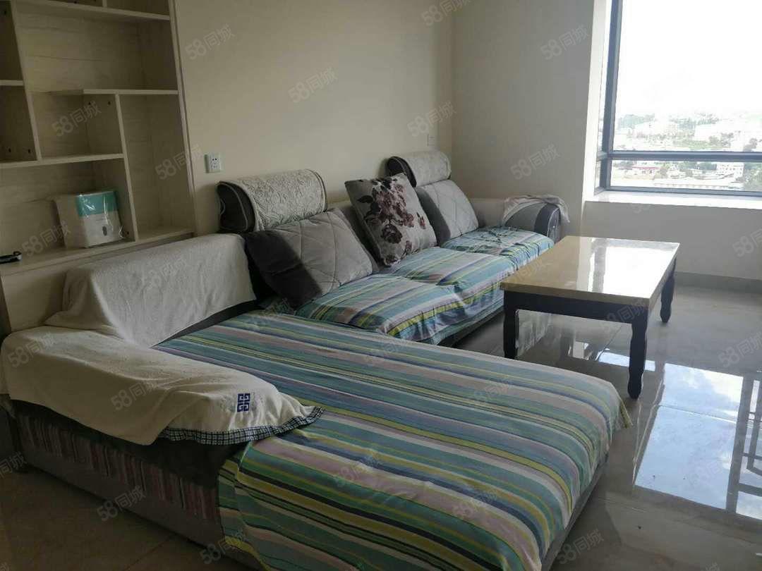 北片区景观房万裕润园21楼1500元/月带家具3室