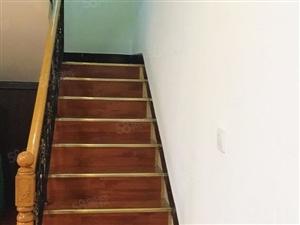 天福北苑豪装五室跃层三连跃还有楼顶花园单价才430