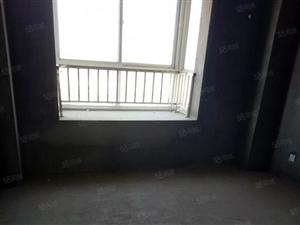 瑜达苑三室两厅一卫,119平,19年年底交房,可更名